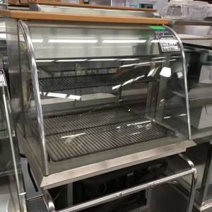 Photo of REFRIGERATED CURVED GLASS DISPLAY CASE 750MM