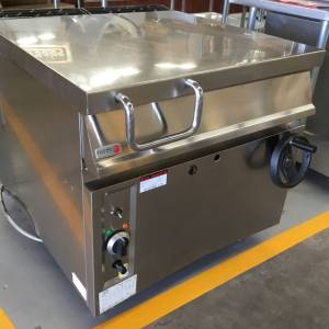 Photo of FAGOR NATURAL GAS 80 LITRE BRATT PAN