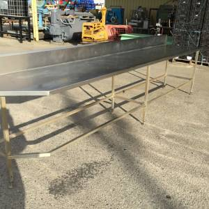 Photo of STAINLESS STEEL WORK BENCH 4M LONG X 760MM DEEP
