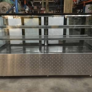 Photo of FED 2000MM REFRIGERATED GLASS DISPLAY.