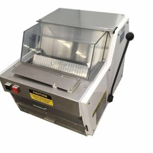 Photo of OLIVER ELECTRIC COUNTER TOP BREAD SLICER