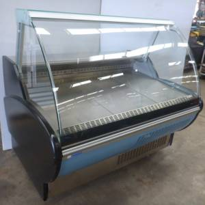 Photo of REFRIGERATED CURVED GLASS DELI DISPLAY