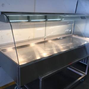 Photo of WOODSON CURVED GLASS HEATED FOOD DISPLAY BAIN MARIE